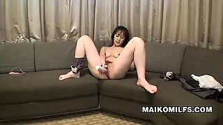 Maiko Hirota A Sex Starved Nippon Milf
