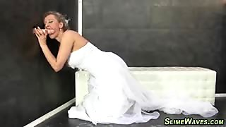 Bukkake bride gets cummed