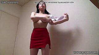 Japanese girls swaying big tits while naked exercise