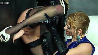 Euro bukkake lesbians eating pussy at the gloryhole