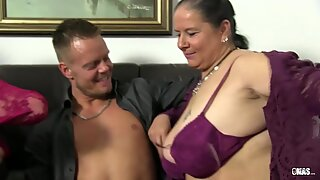 XXX Omas - Mature amateur foursome with German broads