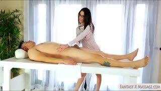 Big tits brunette masseuse Dava Foxx screwed by her client